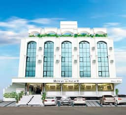 Hotel Royal Palace, Jalgaon