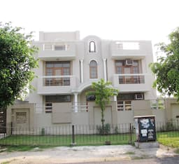 Hotel Absolute Guest House