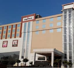 Hotel Country Inn & Suites By Carlson Meerut