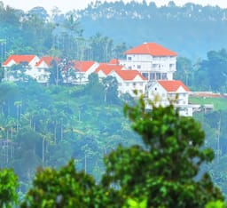 Hotel The Fog Resort & Spa