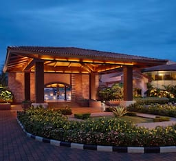 Hotel Kenilworth Resort & Spa