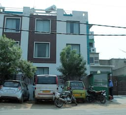 Hotel Siris Inn