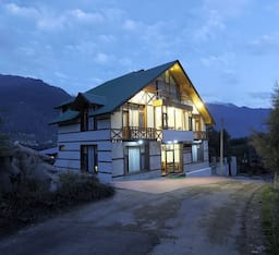 Hotel The HK International, Manali
