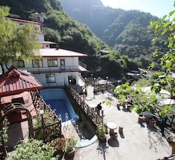 Hotel Classic Fall Resort