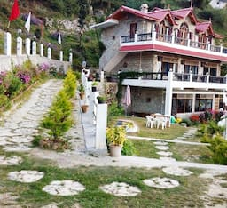 Hotel Parijat Retreat