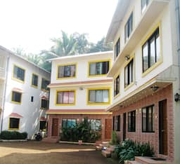 Hotel Naik Cottages