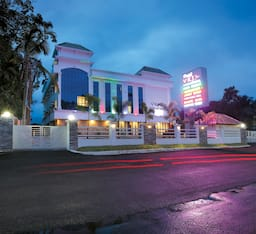 Hotel VKJ International