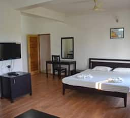 Hotel Morjim Breeze Resort