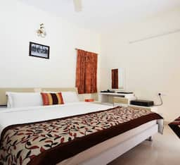 Hotel 14 Square Race Course Road