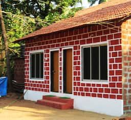 Hotel Sharvani Homestay