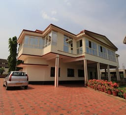 Hotel Bota Royal