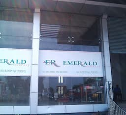 Hotel Emerald Residency