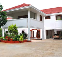 Hotel TG Stays Sai baba Colony