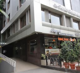 Hotel The Deccan Royaale