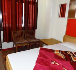 Hotel Holy Day Guest House