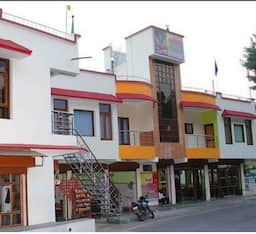 Hotel Shivalik River Retreat, Almora