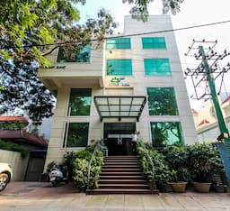 Hotel Lotus Suites
