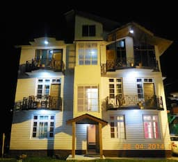 Hotel Budget Cottages