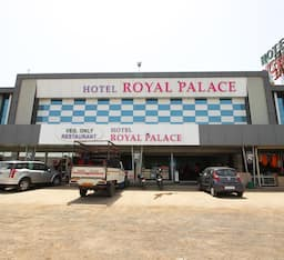 Hotel Royal Palace N Guest House, Ahmedabad