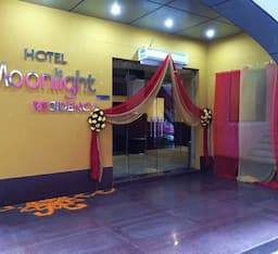 Hotel Moonlight Residency