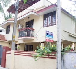 Hotel TG Stays Banerji Road