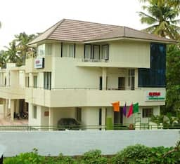 Hotel Global Backwater Resort
