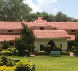Hotel WelcomHeritage Golf View