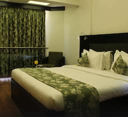 The Oasis Hotel, Vadodara