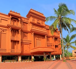 Hotel Haveli Backwater Resort