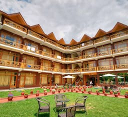 Hotel Snow Peak Retreat