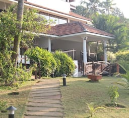 Hotel Fragrant Nature Backwater Resort & Ayurveda Spa