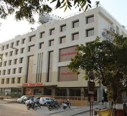 Hotel Silver Cloud, Ahmedabad