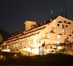 Hotel ADB Rooms Dynasty Resort, Khurpatal
