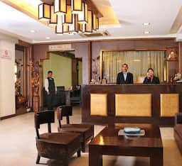 Hotel Clark International, New Delhi