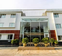 Hotel Goldfinch Retreat