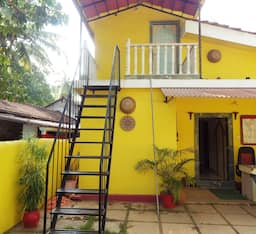 Hotel Down Hill Village Inn