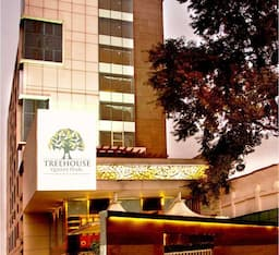 Hotel The Treehouse Queens Pearl