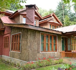 Hotel Pine Valley Resort