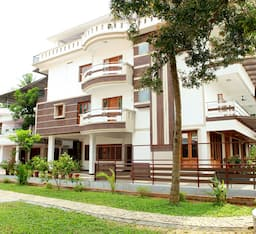 Hotel Kerala Ayurvedic River Retreat
