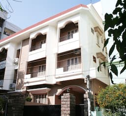 Hotel Karishma Homes