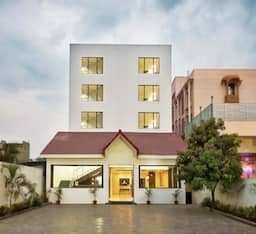 Hotel Shirdi - Sai Wada A Sterling Holiday Resort