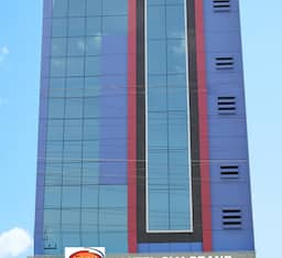 Hotel The SLV Grand