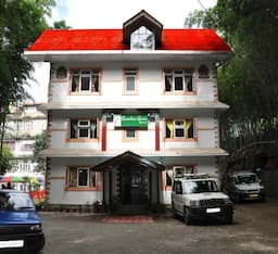 Hotel Bamboo Grove Retreat