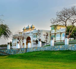 Hotel Shouryagarh Resort & Spa