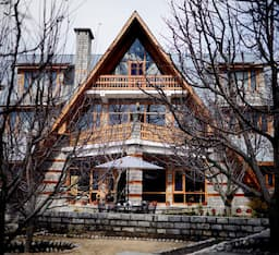 Hotel Orchard House by Aamod