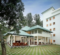Hotel Peppervine Resort