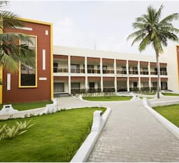 Hotel Golden Bay Resort