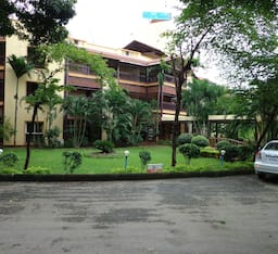 Hotel Daman Ganga Valley Resort