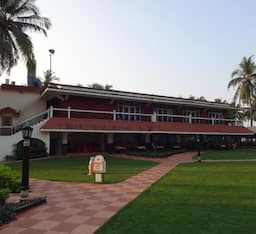 Hotel Nanu Beach Resort & Spa