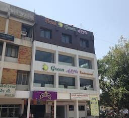 Hotel Green Apple, Gandhinagar